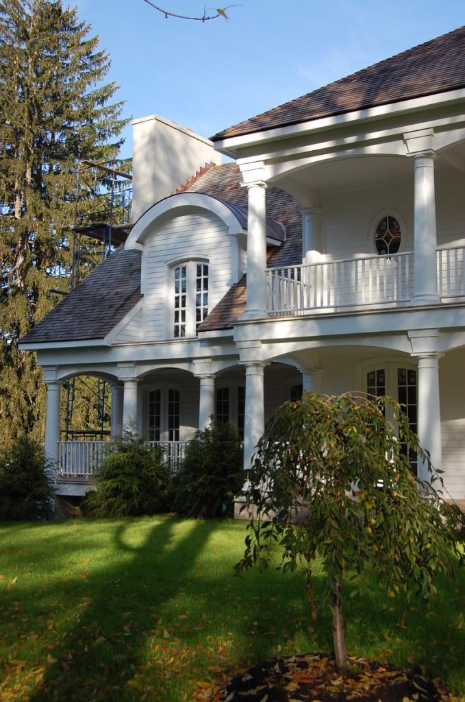 hillandale-westport-porch-1-800x1206