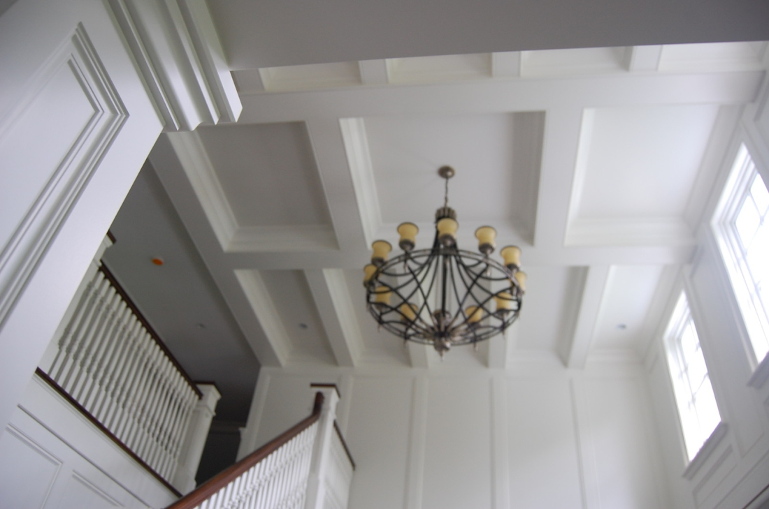 lyndale_manor_chandelier_2011-05-20-230-featured-1600x1061-1100x729.jpg