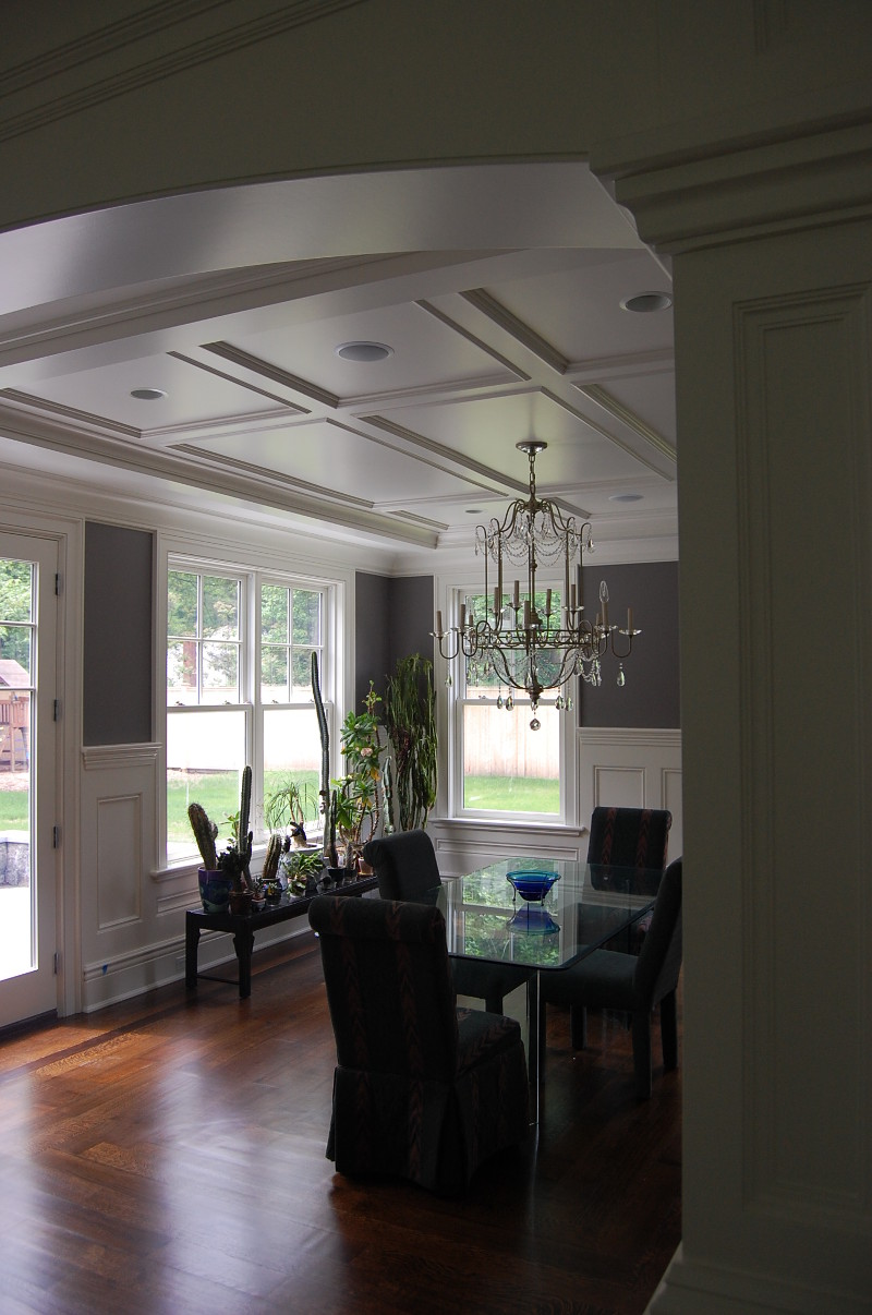 lyndale_manor_dining_room_2011-05-20-225-800x1206.jpg